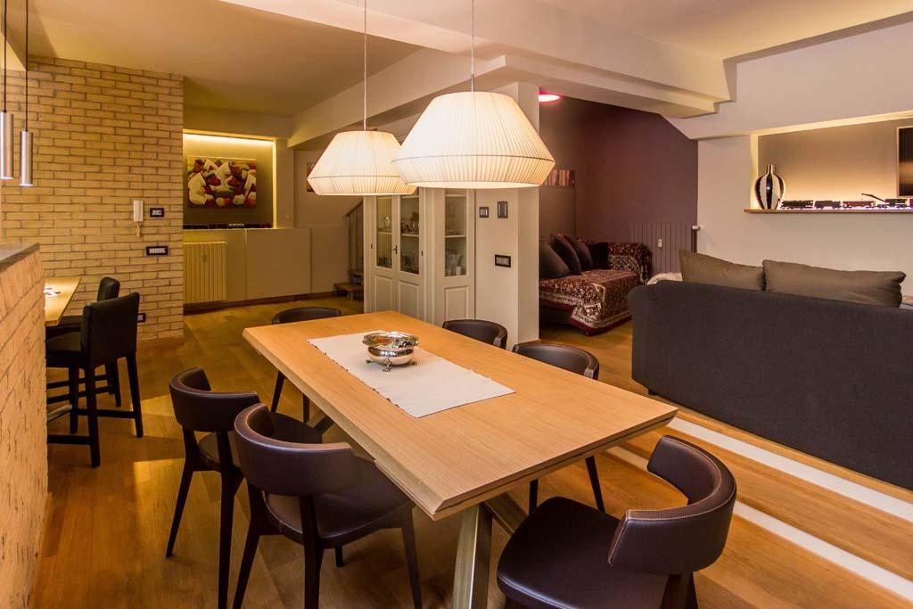 Tre piani di armonie casa di stile for Piani di casa stile tetto capannone
