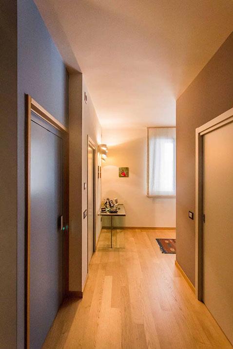 Tre piani di armonie casa di stile for Piani economici della cabina di ceppo