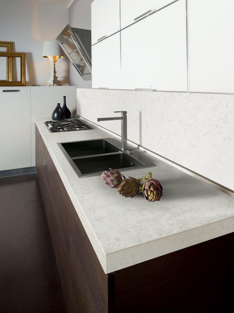 Cucina Con Piano In Quarzo.Come Scegliere Il Top Della Cucina Casa Di Stile