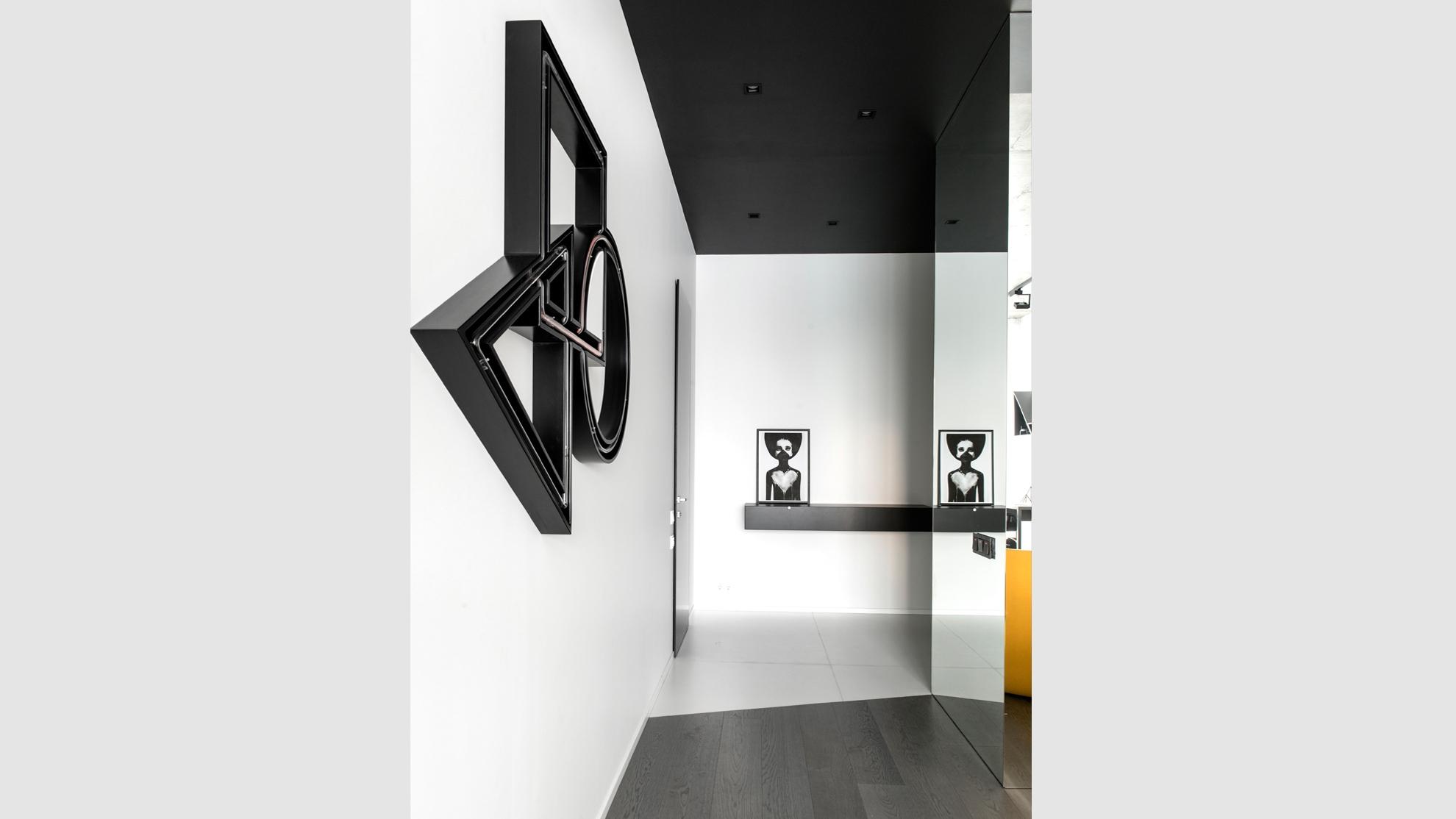 Designer: Geometrix Design
