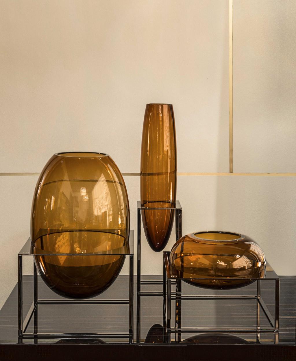Designer: Gabriella Asztalos - Collezione: Cube Vase Collection - Fendi Casa