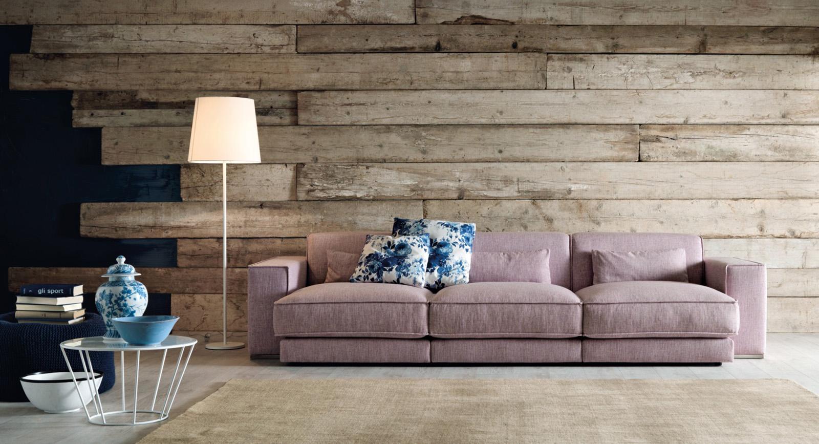 Come scegliere il divano giusto per il soggiorno casa di stile - Pulire divano tessuto ...