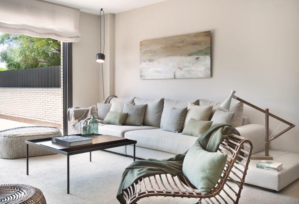 Colori neutri per interni caldi e accoglienti casa di stile for Casa di ranch stile artigiano