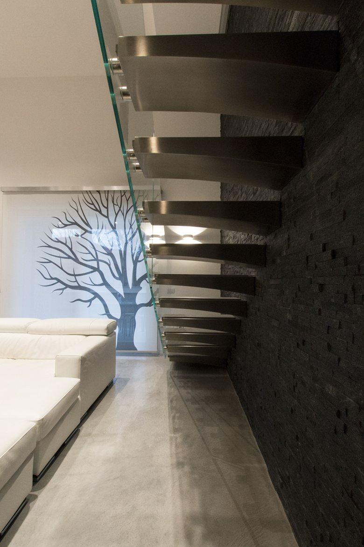 Casa d e stile moderno e giochi di volumi per una coppia for Casa stile moderno