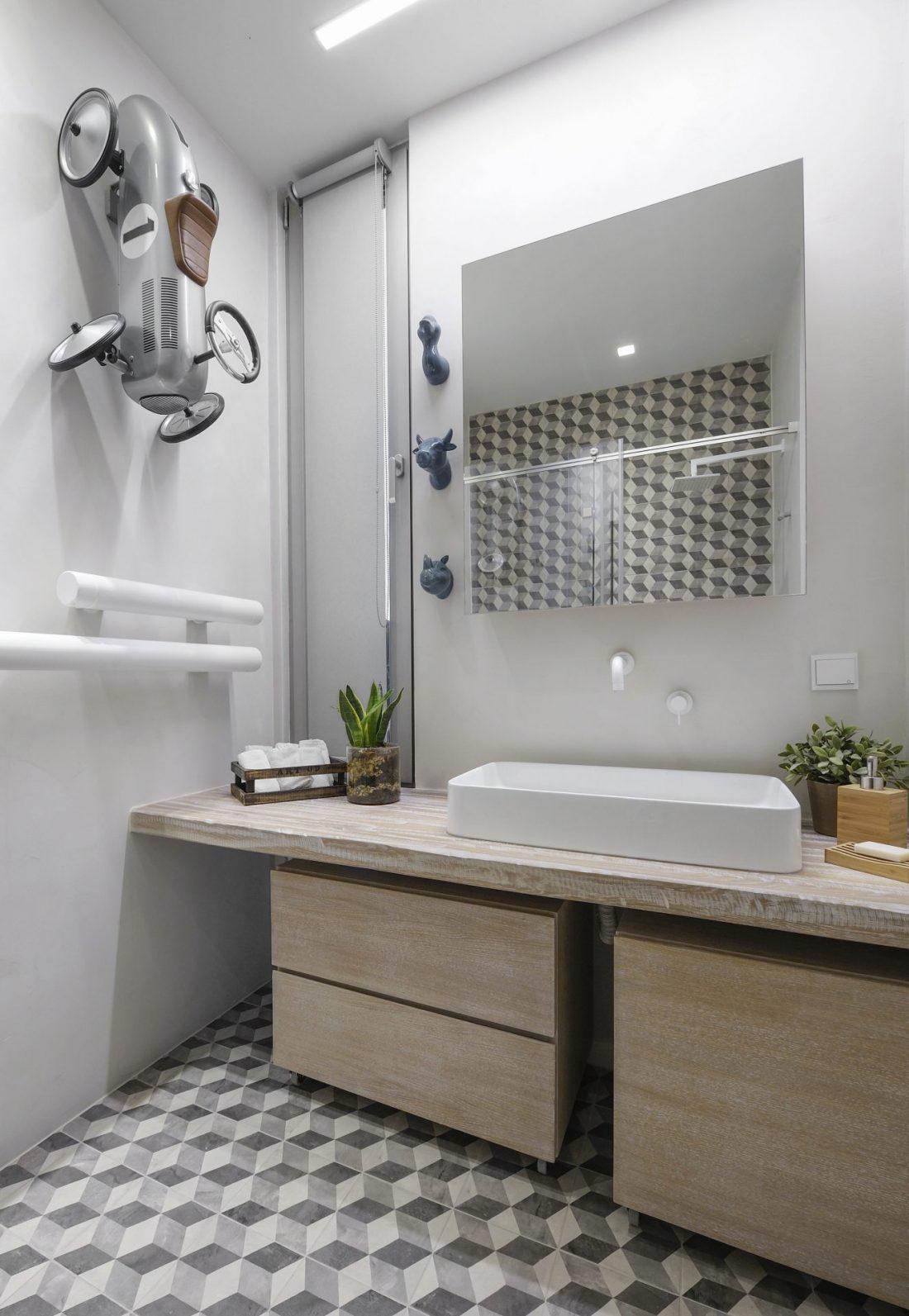 The raw apartment arredare con i colori scuri casa di stile for Arredare con i colori
