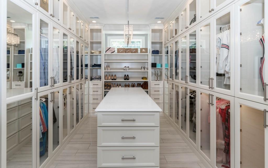 Cabine armadio: idee e soluzioni di design Casa di stile
