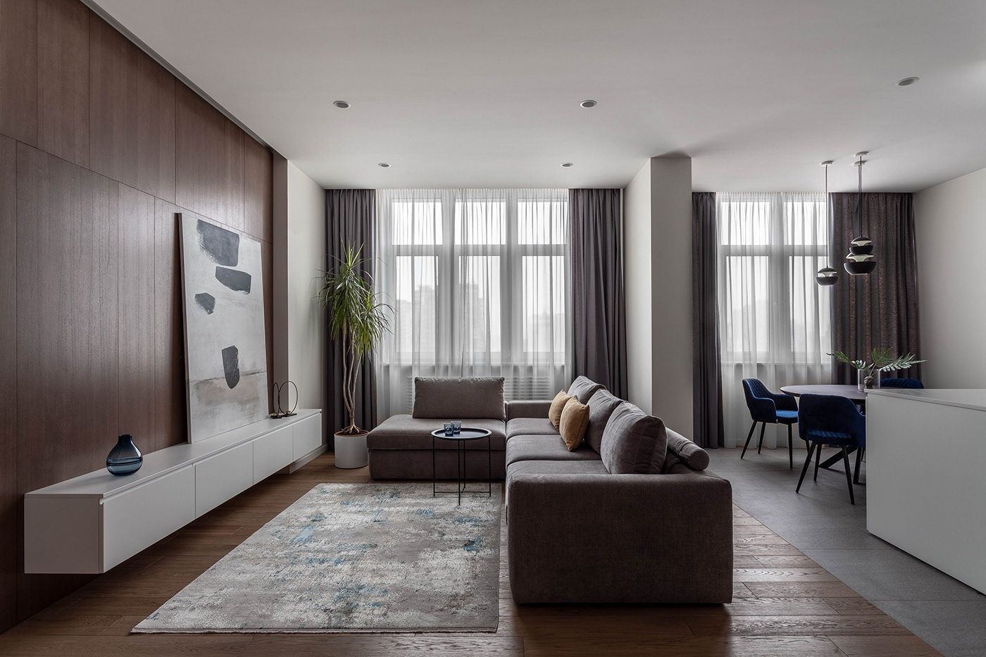 Un appartamento moderno e funzionale di Anastasia Kulhava e Nik Gusev